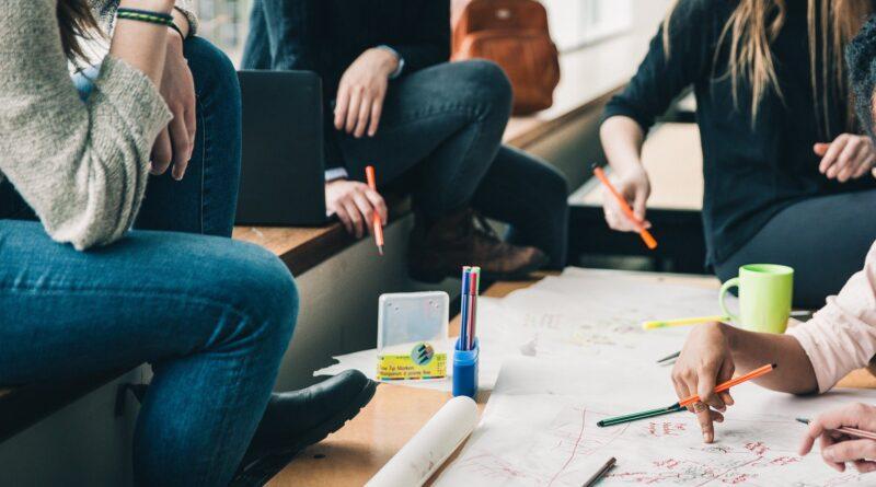 digital peer mentoring